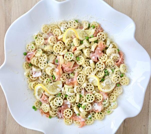 smoked salmon, petite peas, mascarpone cheese, smoked salmon pasta, peas with pasta, best pasta