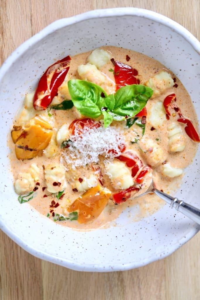 Pasta in creamy sauce, gnocchi