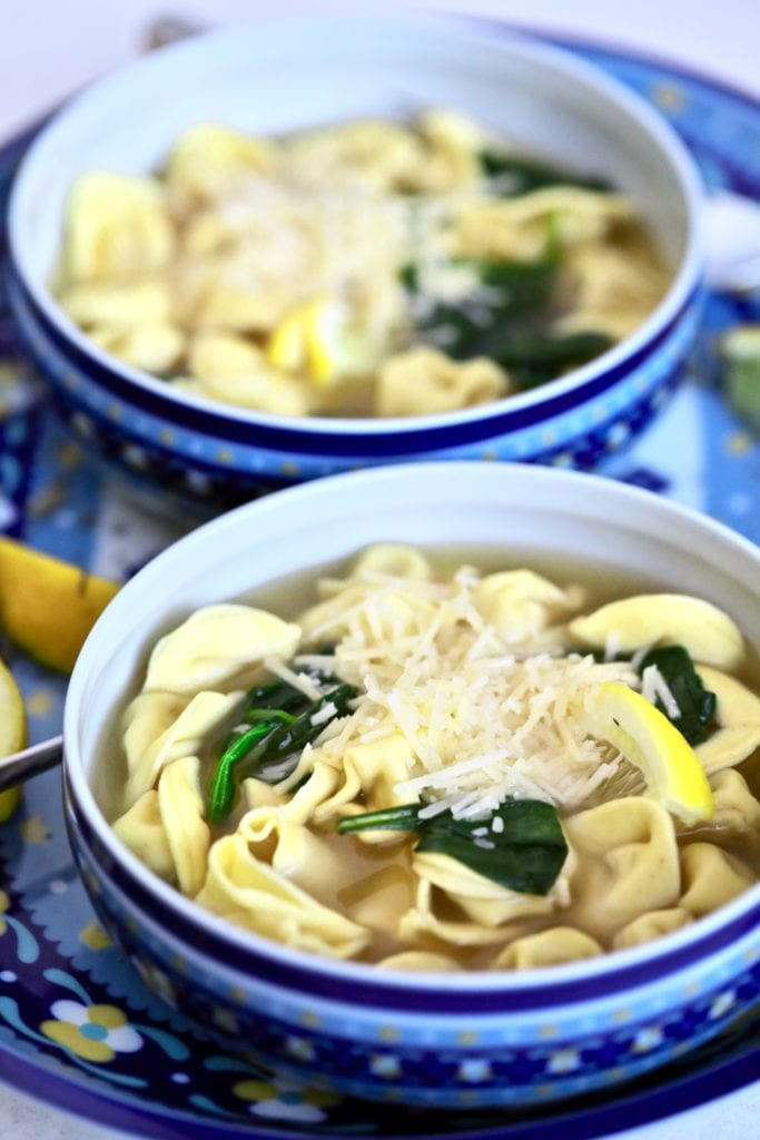 tortellini soup-spinach-bowl