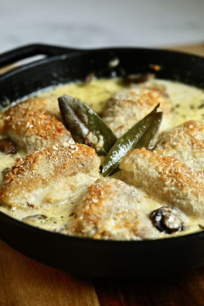creamy mushroom chicken in pan