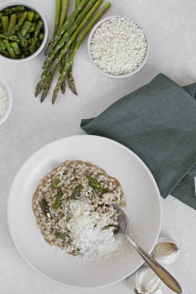 Asparagus risotto with garlic asparagus and arborio rice