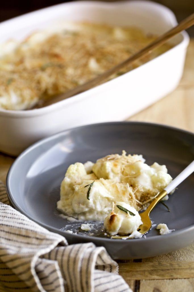 creamy cauliflower bake white sauce